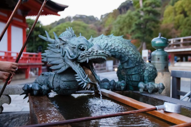 dragon statue feng shui chinese