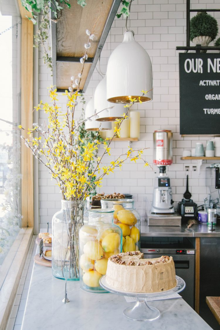kitchen design lemon cake white lamps